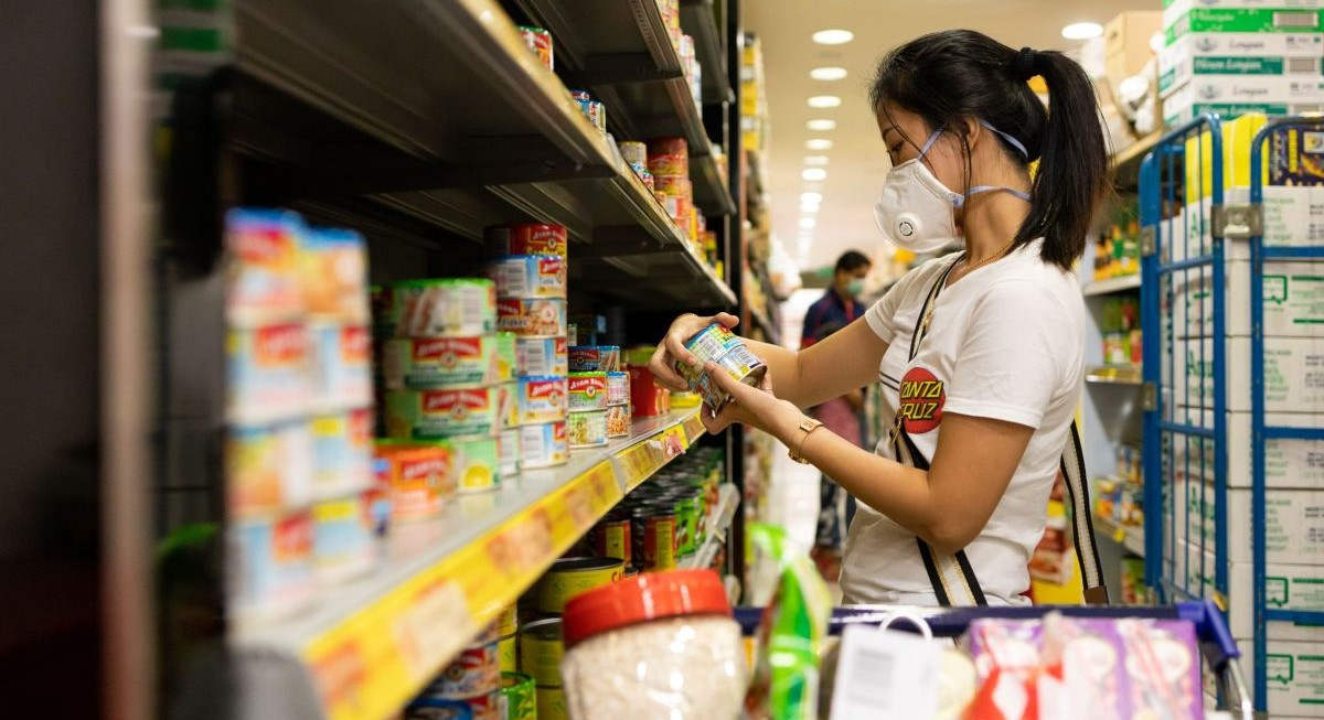 Singapore's headline inflation comes in at 2.4% for June; MAS and MTI raise forecast - THE EDGE SINGAPORE