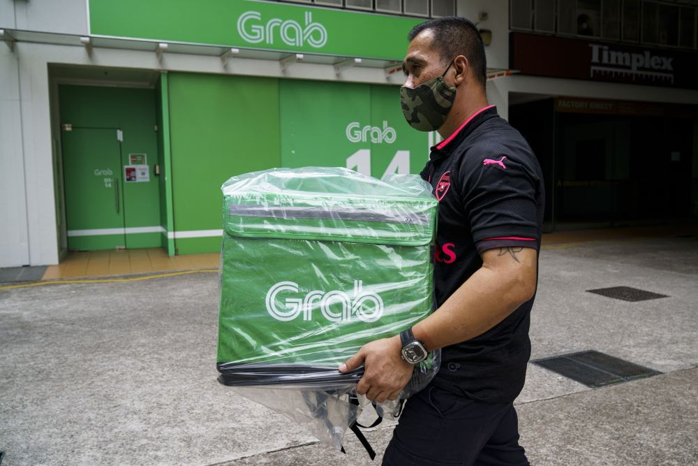 Grab mulls US IPO through SPAC merger - THE EDGE SINGAPORE