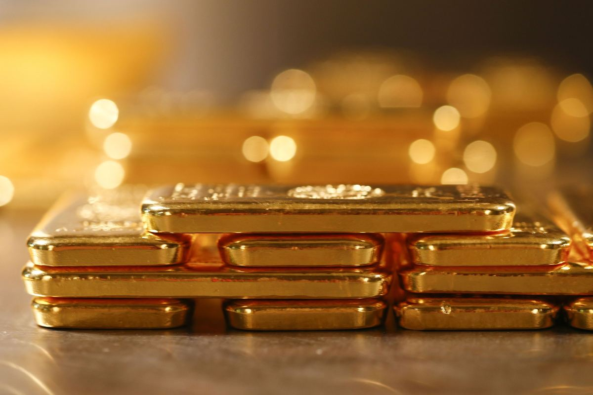 Gold holds gain after US jobs data, Yellen's comments - THE EDGE SINGAPORE