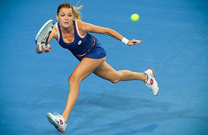 WTA Finals off to an exciting start with upset for defending champ Radwanska