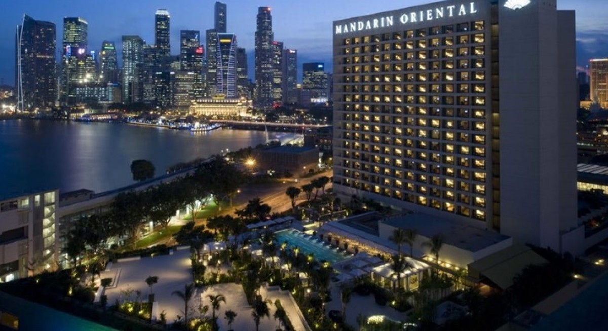 Jardine Matheson Holdings to acquire remaining stake in Jardine Strategic for US$5.5 bil; Jardine Strategic shareholders to receive US$33 per share - THE EDGE SINGAPORE