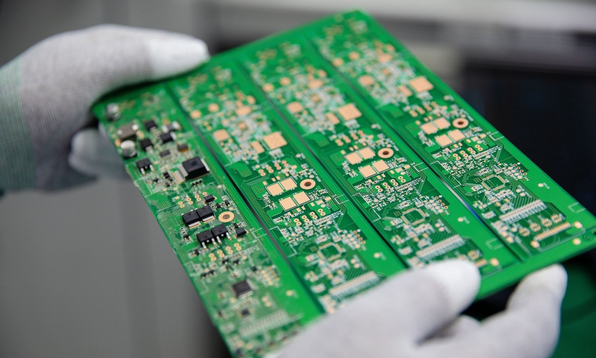 Electric deals: investment interest of tech manufacturing sector surging - THE EDGE SINGAPORE