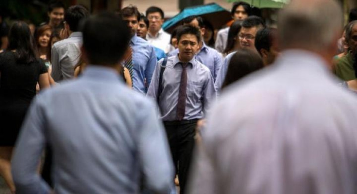 Business sentiment improves in 4Q2021, but SCCB cautions of downside risks - THE EDGE SINGAPORE