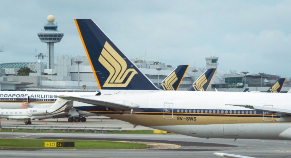SIA's net loss narrows by 63.6% to $409 million in 1QFY22