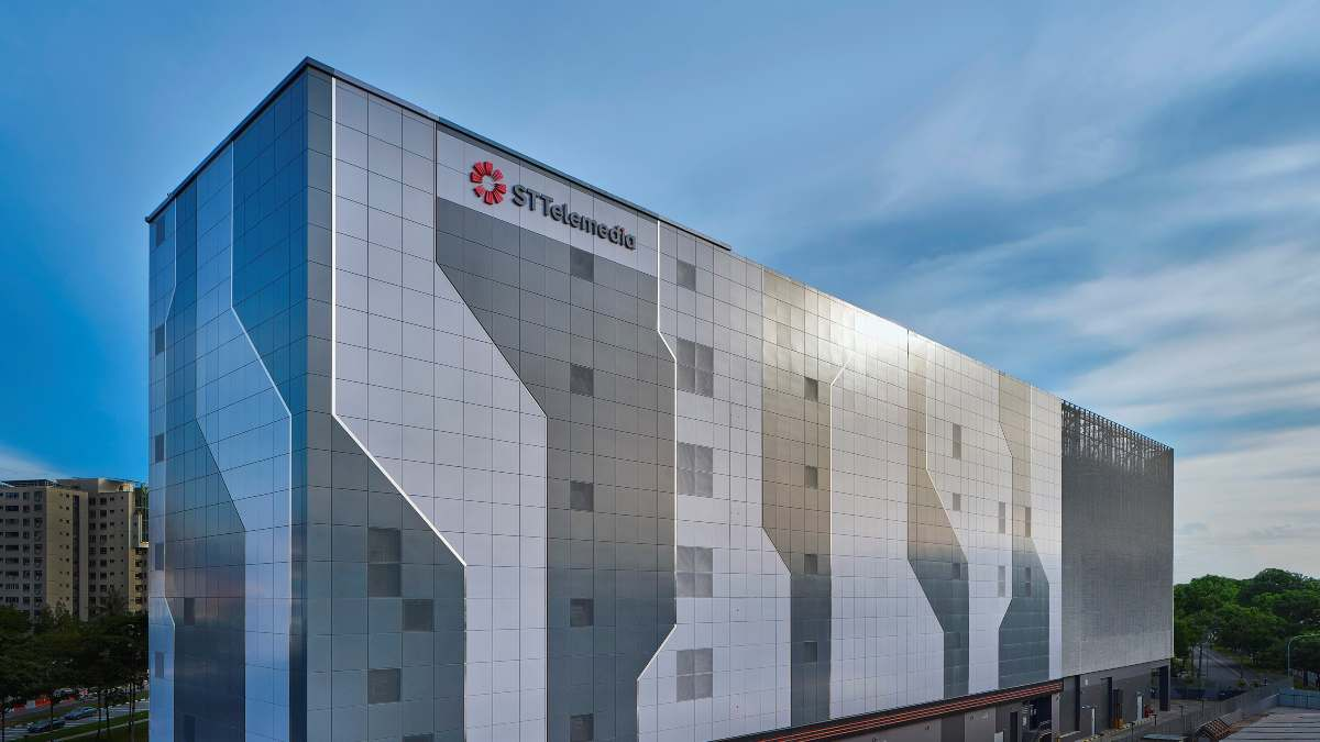 ST Telemedia launches Loyang data centre facility - THE EDGE SINGAPORE