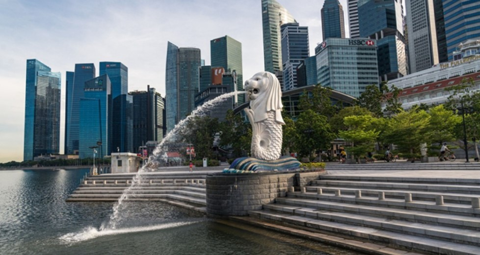 UBS hopeful dividends will be reinstated for local banks as they focus on growth  - THE EDGE SINGAPORE
