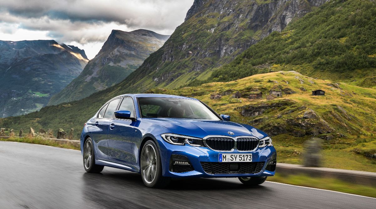 Reviewing the new BMW 318i