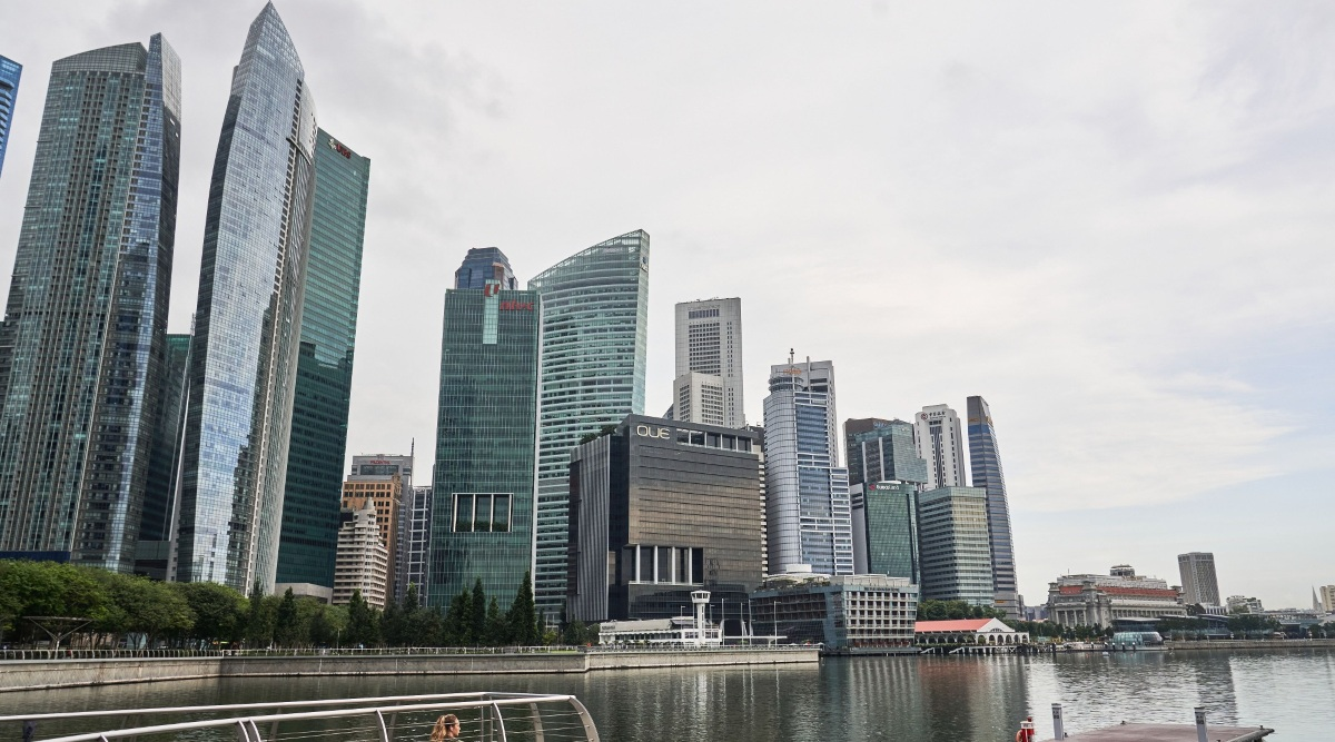 Singapore's economic rebound not likely 'vibrant': PM Lee - THE EDGE SINGAPORE