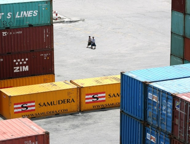 Only listed container shipping proxy Samudera reacts to surge in freight rates  - THE EDGE SINGAPORE