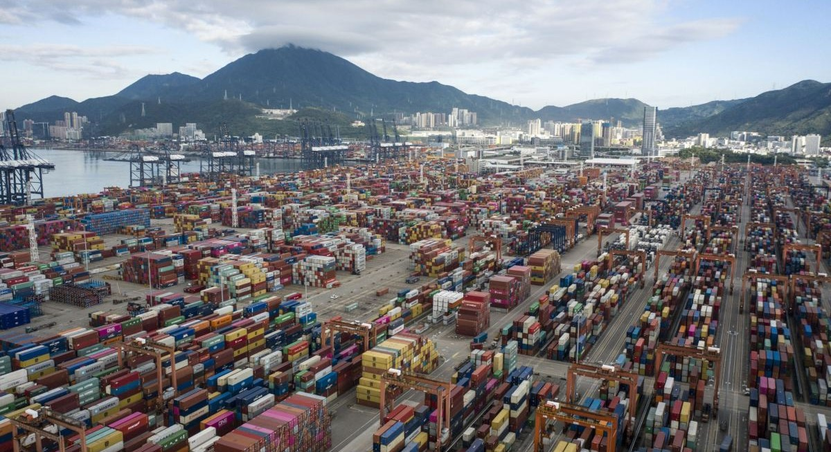 Cargo ships skip Singapore as congestion at Chinese ports cause delays - THE EDGE SINGAPORE
