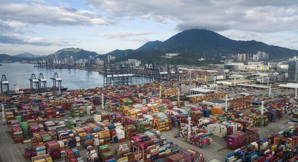 China's worse-than-Suez ship delays set to widen trade chaos - THE EDGE SINGAPORE