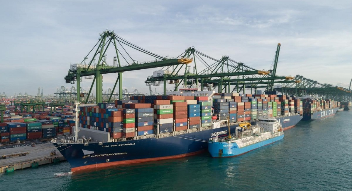 Singapore marks Asia's first containership LNG refueling operation - THE EDGE SINGAPORE