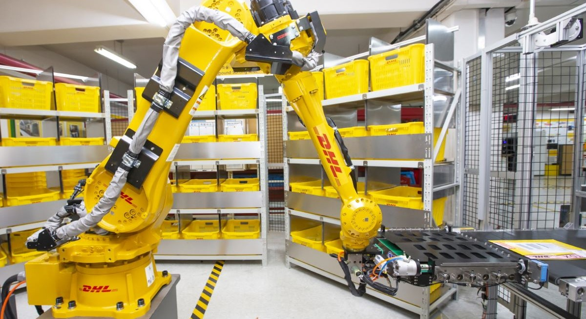 DHL Express deploys AI-powered sorting robot in Singapore and South Korea  - THE EDGE SINGAPORE