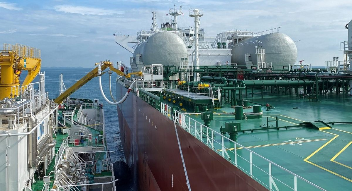 Keppel's FueLNG completes Singapore's first ship-to-ship bunkering of an LNG-fuelled oil tanker - THE EDGE SINGAPORE