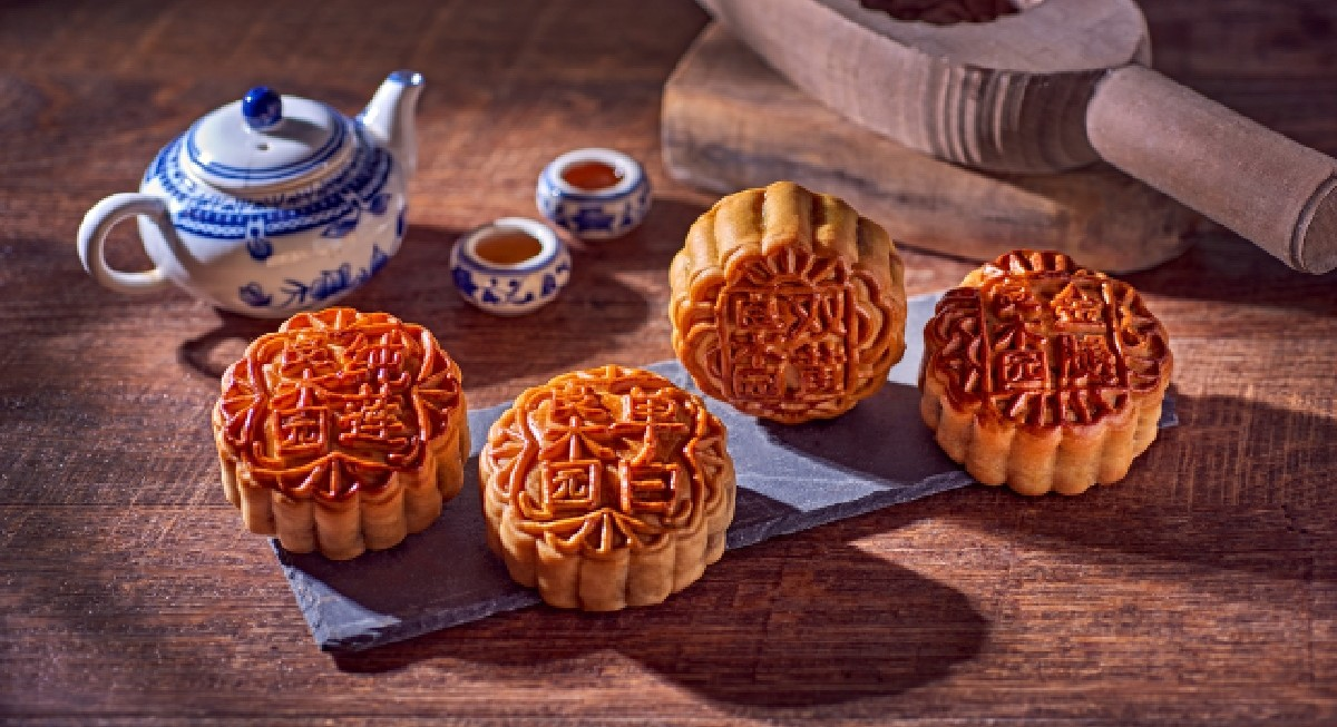 Tried & Tested: The best mooncakes for Mid-Autumn festival - THE EDGE SINGAPORE