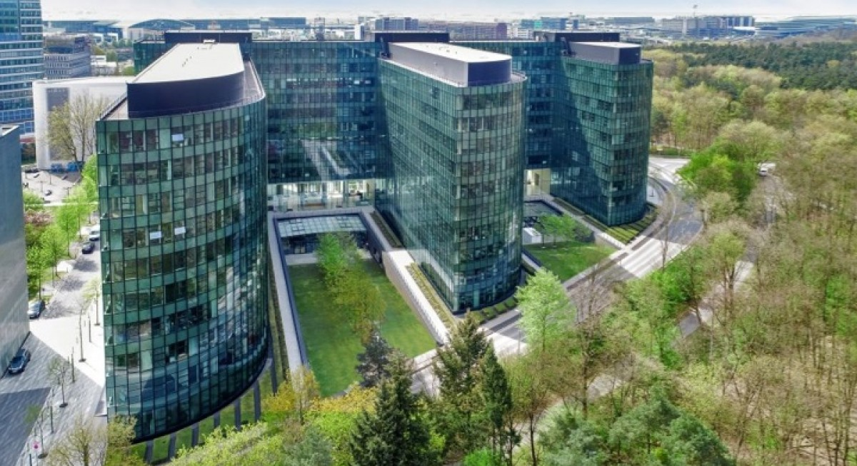 CCT acquires 94.9% stake in Frankfurt office for $387 mil