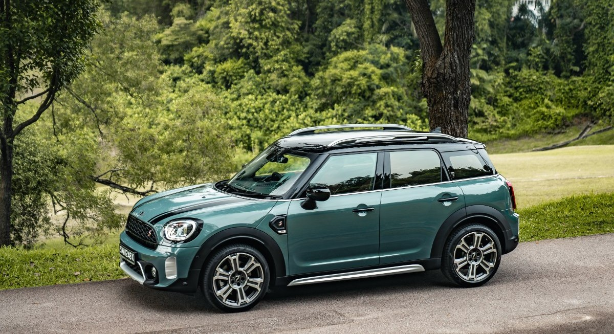 Reviewing the Mini Cooper S Countryman - THE EDGE SINGAPORE