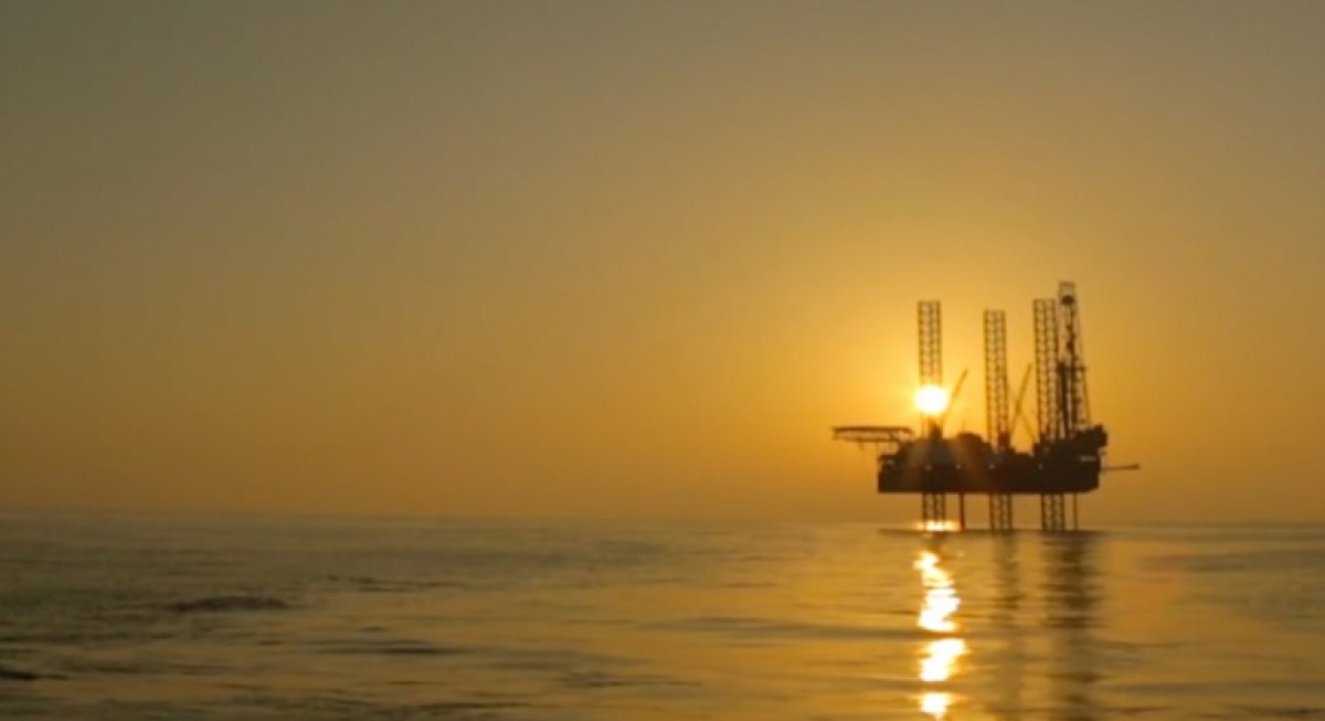 Crude oil rally drives oil and gas and offshore plays  temporarily higher - THE EDGE SINGAPORE