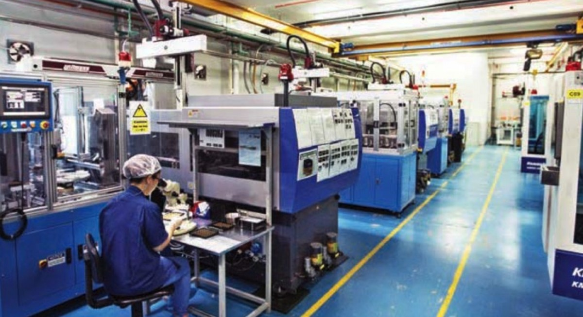Singapore's factory output continues to grow in November - THE EDGE SINGAPORE