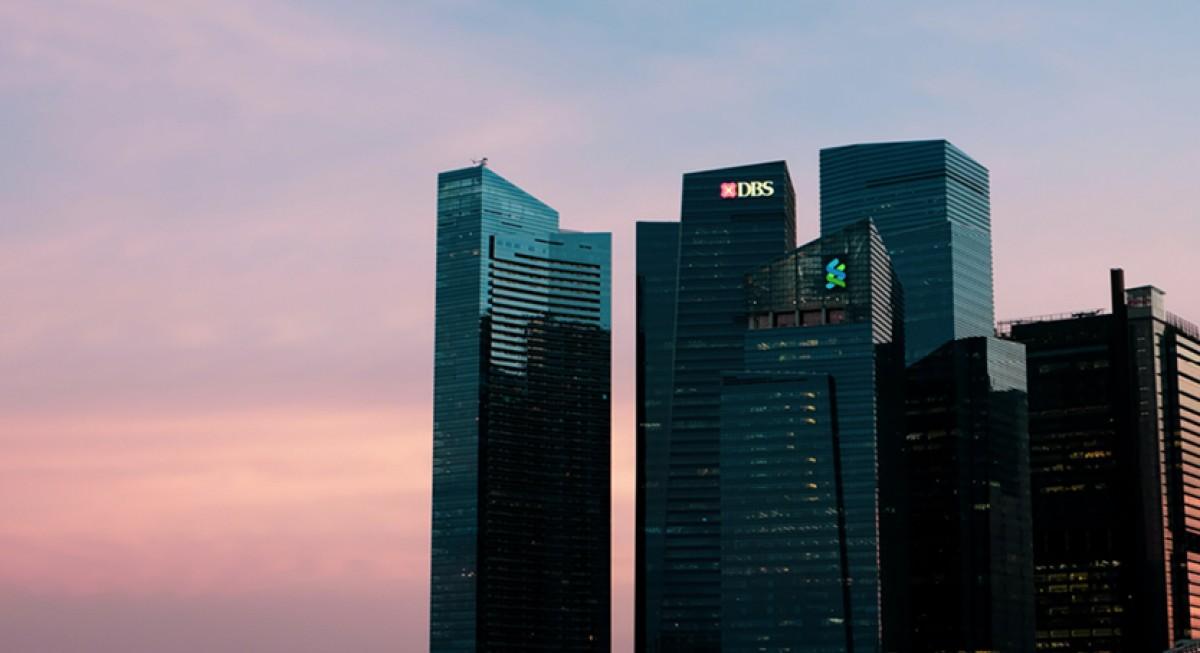 Singapore stocks outperforming region but volatility to remain: OCBC  - THE EDGE SINGAPORE