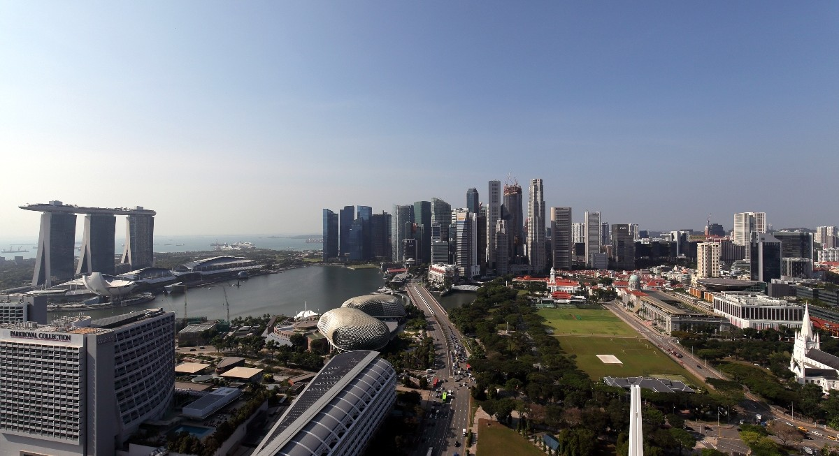 Singapore halts economy's slide one year into pandemic; MAS stands pat on policy stance - THE EDGE SINGAPORE