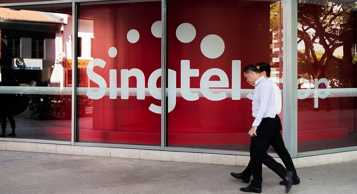 Singtel reports 49% lower earnings for FY21, announces new strategic direction - THE EDGE SINGAPORE