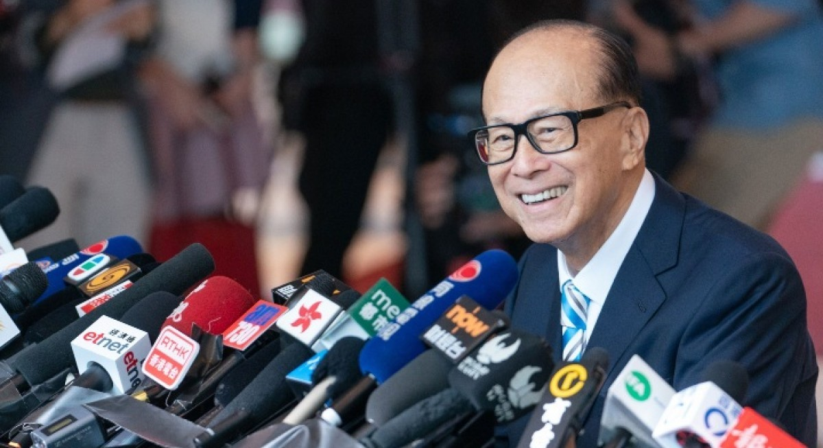 Li Ka-shing's new deal is latest effort to prop up CK Asset share price - THE EDGE SINGAPORE