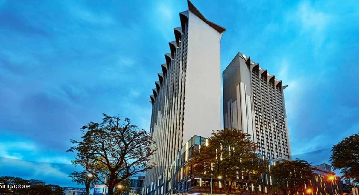 OUE Commercial REIT to upsize senior secured facilities to $978 mil - THE EDGE SINGAPORE