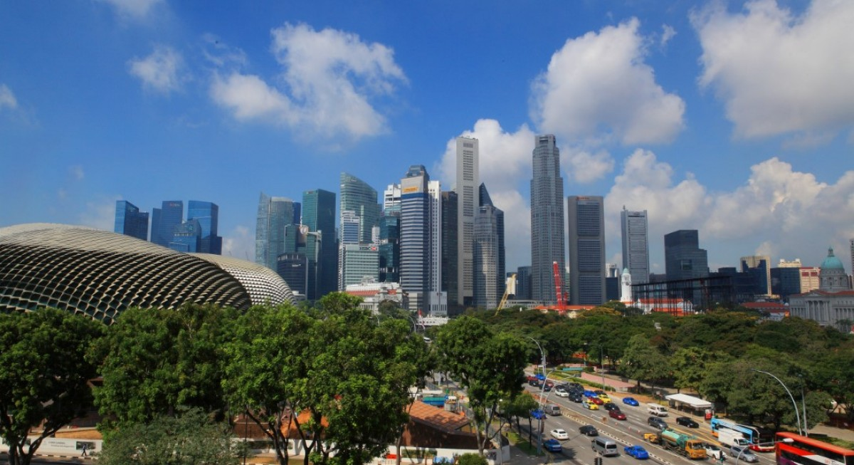 Local market's rebound hostage to fallout from US roller coaster - THE EDGE SINGAPORE